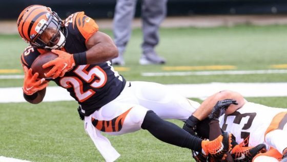 Bengals have discussed Giovani Bernard trade